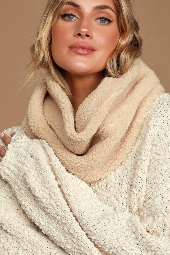Cozy Occasion Beige Sherpa Circle Scarf