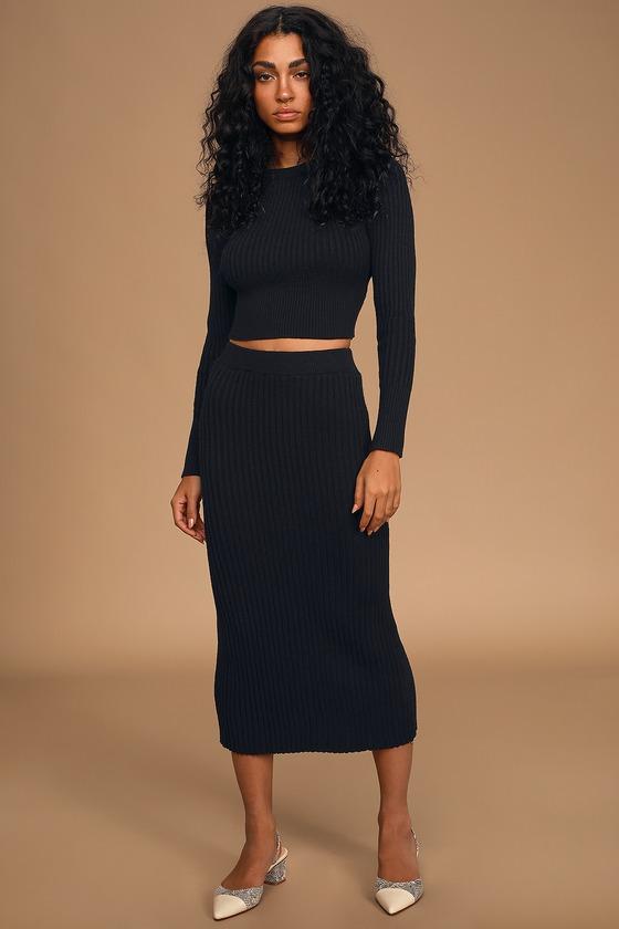 Top Chic-Ret Black Ribbed Knit Midi Sweater Skirt