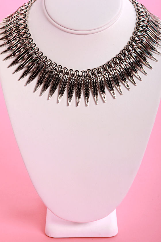 Feather Report Silver Collar Necklace at Lulus.com!