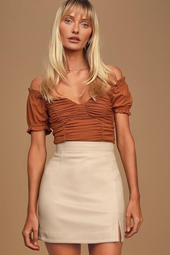 Gimmie a Mini Beige Leather Mini Skirt