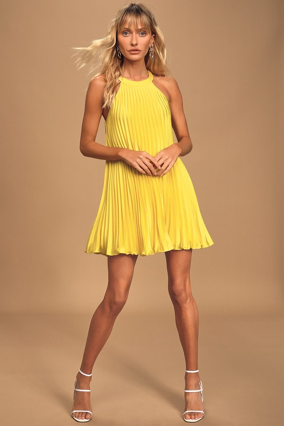500 Vintage Style Dresses for Sale Dance It Out Yellow Pleated Halter Mini Shift Dress - Lulus $59.00 AT vintagedancer.com
