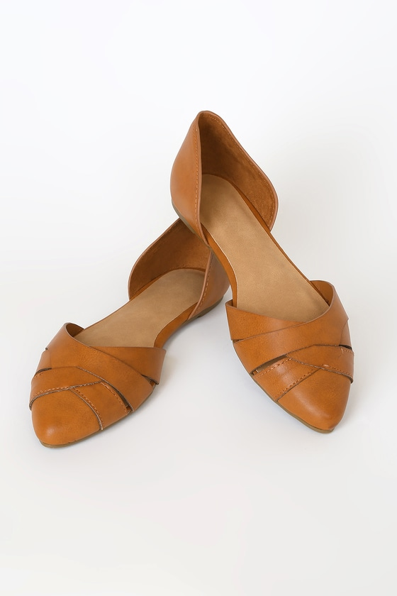 Whether it\'s work or the weekend, the Madelyn Tan D\'Orsay Flats can take you wherever you need to go in style! These sweet flats, shaped from vegan leather, feature a woven, pointed-toe upper and classic D\'Orsay silhouette. Fit: This garment fits true to size. 0. 25\