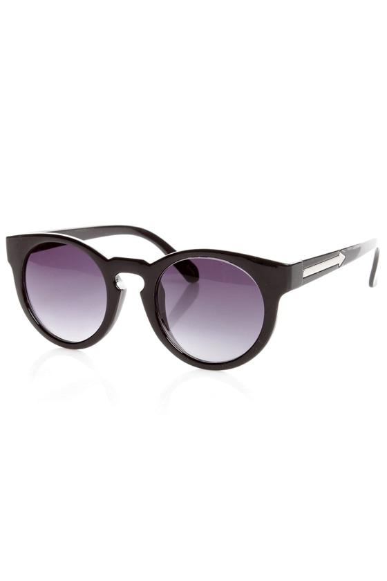 Behind the Scenes Black Sunglasses
