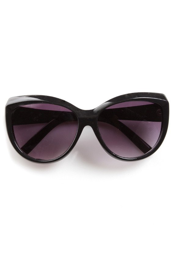 Sunday Funday Black Sunglasses at Lulus.com!