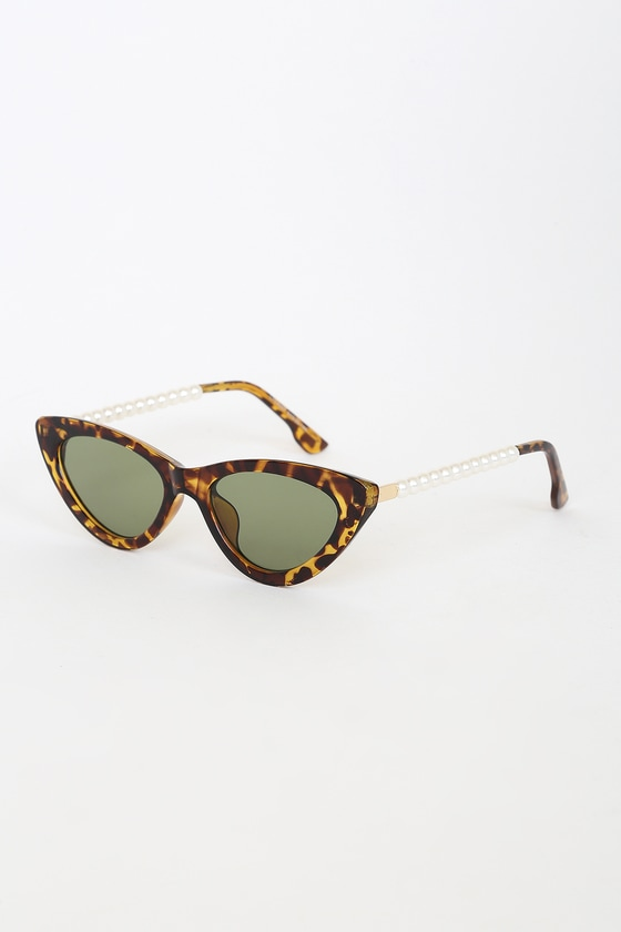 Pep Talk Tortoise Mini Cat-Eye Pearl Sunglasses