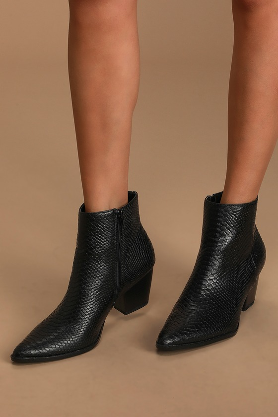 Pair the Lulus x Matisse Spirit Black Snake Pointed Toe Ankle Booties with some skinny jeans for a killer look! Trendy snake-embossed vegan leather shapes a pointed toe upper that carries into an ankle-high shaft. 6\\\
