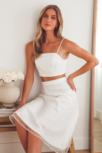 What a Darling White Organza Tie-Back Crop Top