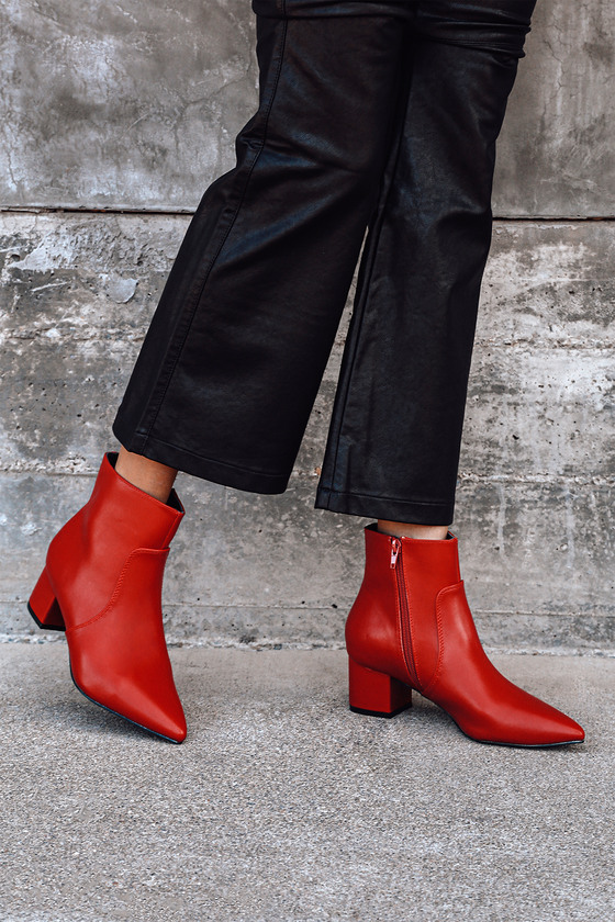 The Lulus Sofia Red Pointed Toe Ankle Booties are a wear-with-anything new favorite! Smooth vegan leather shapes a pointed toe upper, and ankle high shaft with a 6\\\