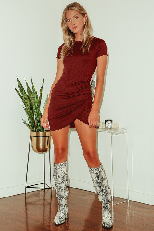 You Look Cute Burgundy Short Sleeve Bodycon Mini Dress