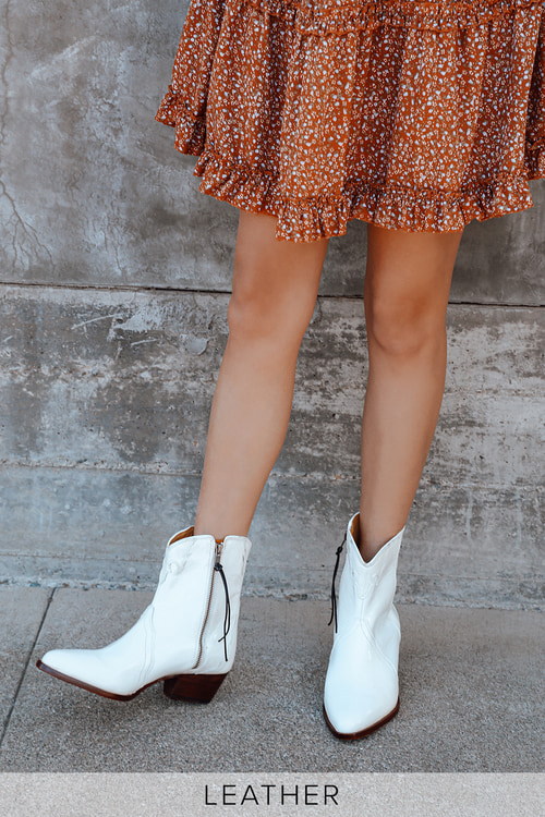 Free People New Frontier Western White Leather Pointed-Toe Mid-Calf Boots