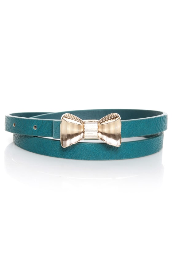 Rock the Bow-t Skinny Blue Bow Belt at Lulus.com!