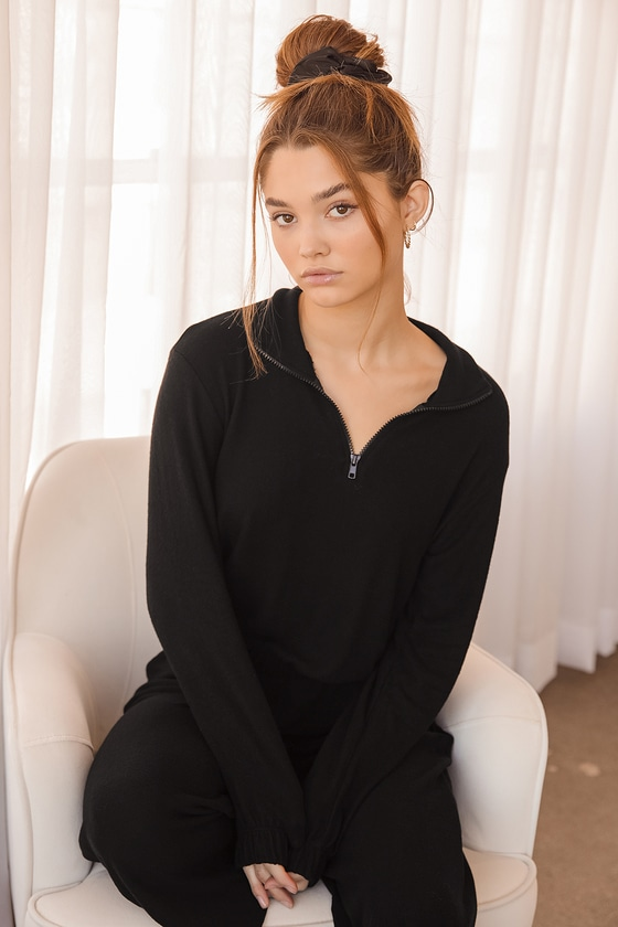 Coming Home Black Quarter-Zip Pullover Sweatshirt | Lulus