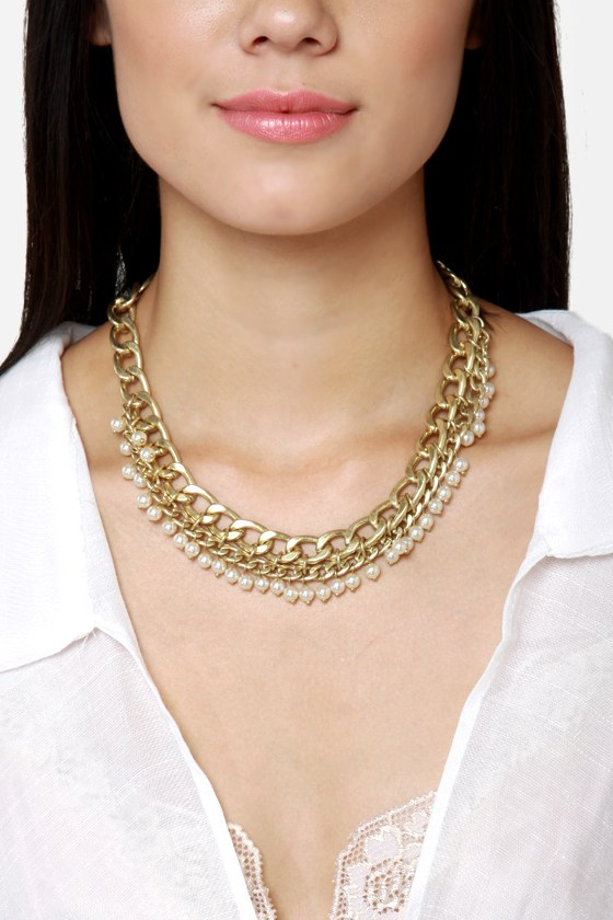 About a Pearl Gold Necklace at Lulus.com!