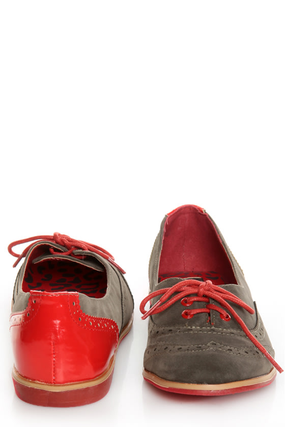 Dollhouse Spiffy Taupe and Red Two-Tone Brogue Oxfords at Lulus.com!