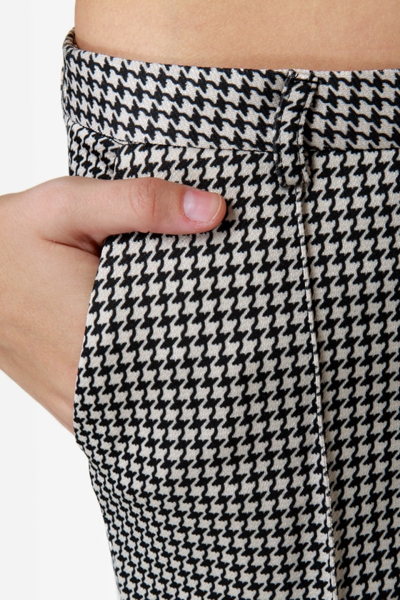 Release the Houndstooth Cropped Pants