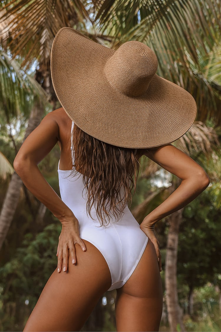 Ready For My Close Up Beige Oversized Straw Hat