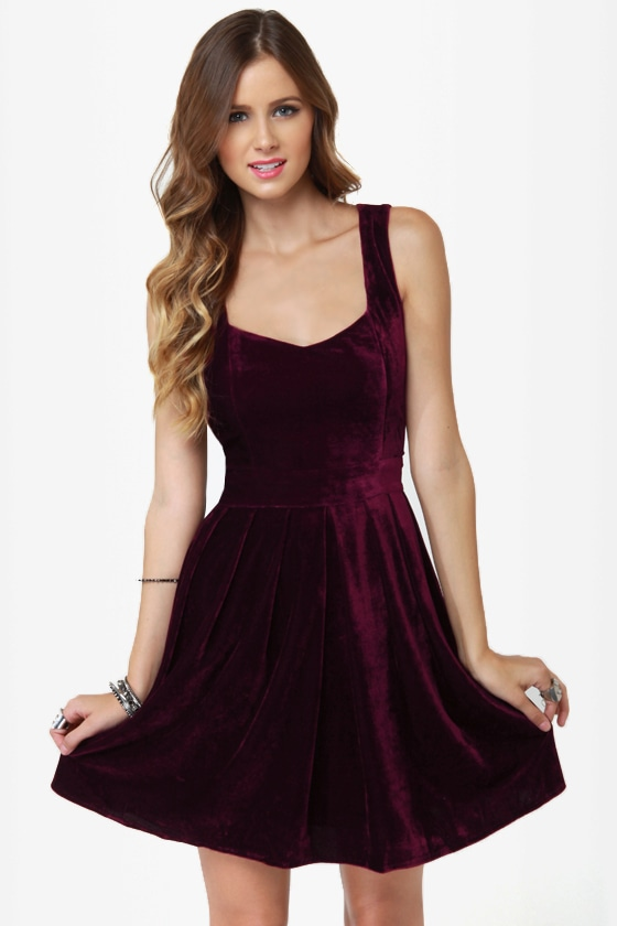 Heart-ware Store Cutout Burgundy Velvet Dress