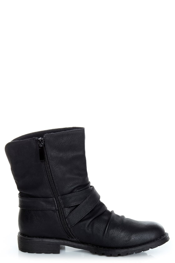 Bamboo Kacy 03 Black Slouchy Belted Ankle Boots