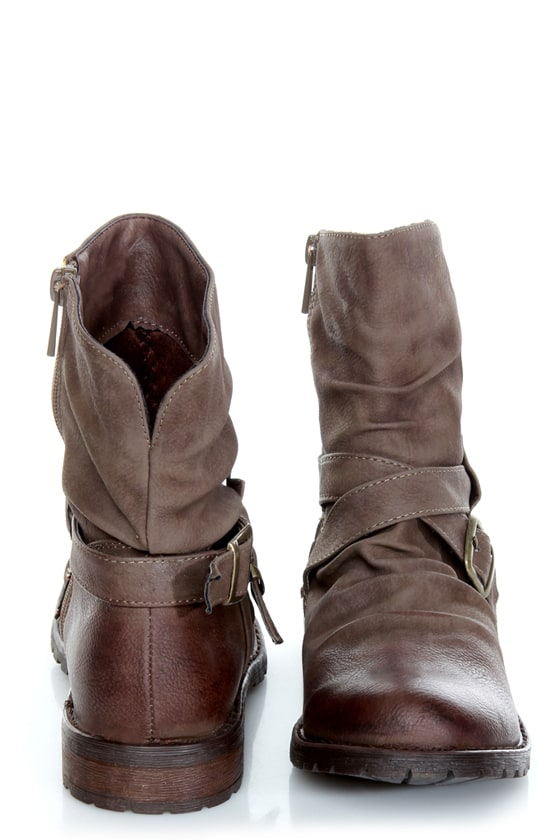 Bamboo Kacy 03 Brown Slouchy Belted Ankle Boots