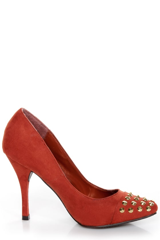 Holly 31 Rusty Orange Studded Cap-Toe Pointed Pumps at Lulus.com!