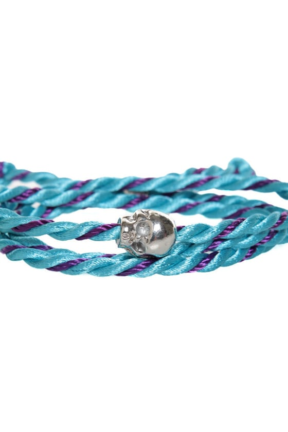 Skull's Out for Summer Blue and Purple Friendship Bracelet at Lulus.com!