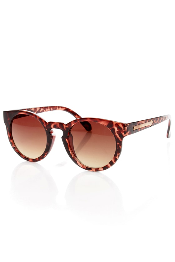 Behind the Scenes Tortoiseshell Sunglasses at Lulus.com!