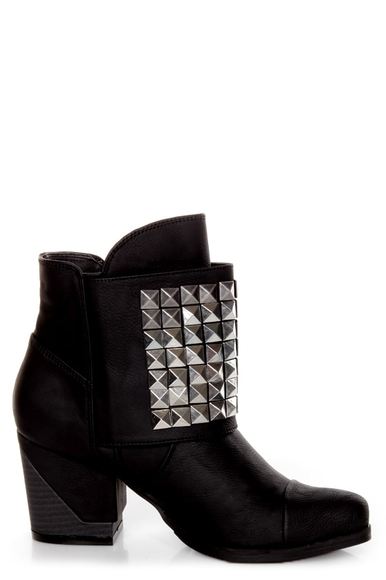 Michael Antonio Studio Marcos Black Studded Ankle Boots at Lulus.com!