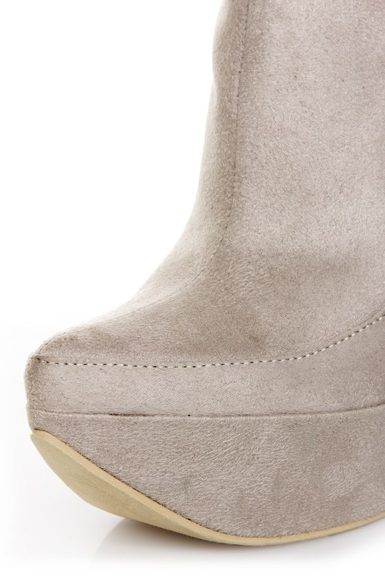Michael Antonio Studio Manila Light Grey Pointed Booties