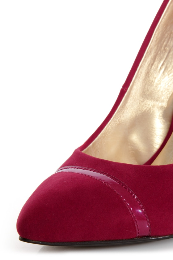 Shoe Republic LA Silva Red Pointed Pumps