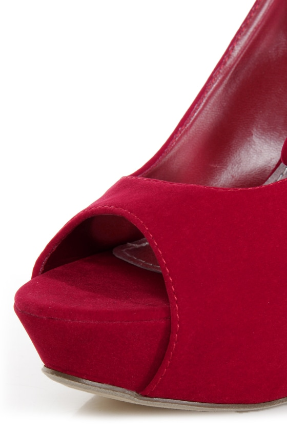 Adele 1 Red Velvet Peek-a-Bow Platform Pumps at Lulus.com!
