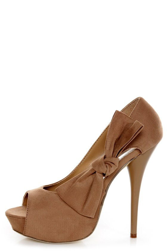 Adele 1 Taupe Velvet Peek-a-Bow Platform Pumps at Lulus.com!