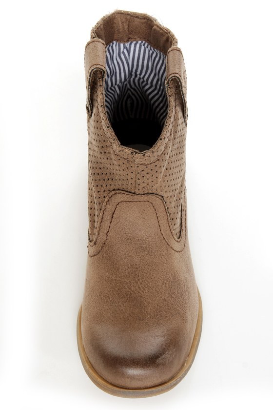 Roxy Buckeye Chocolate Brown Perforated Ankle Boots at Lulus.com!
