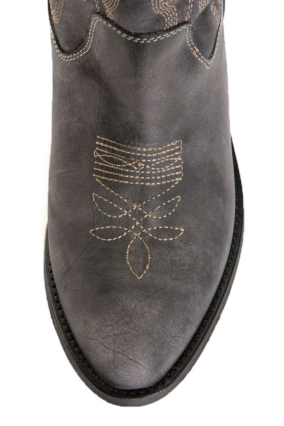 Steve Madden Graced Black Leather Embroidered Cowboy Boots at Lulus.com!