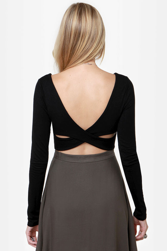 The Crop-osition Black Crop Top at Lulus.com!