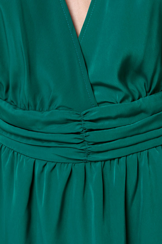 Embroid-ee of the Month Green Lace Dress at Lulus.com!