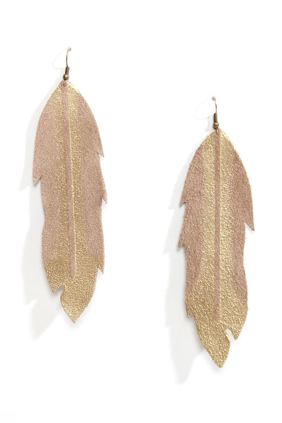 Claire Fong Tiger Lily Tan Feather Earrings at Lulus.com!