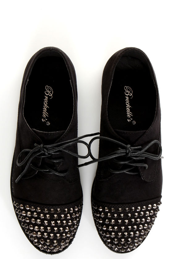 Kelley 12 Black Studded Lace-Up Oxfords at Lulus.com!