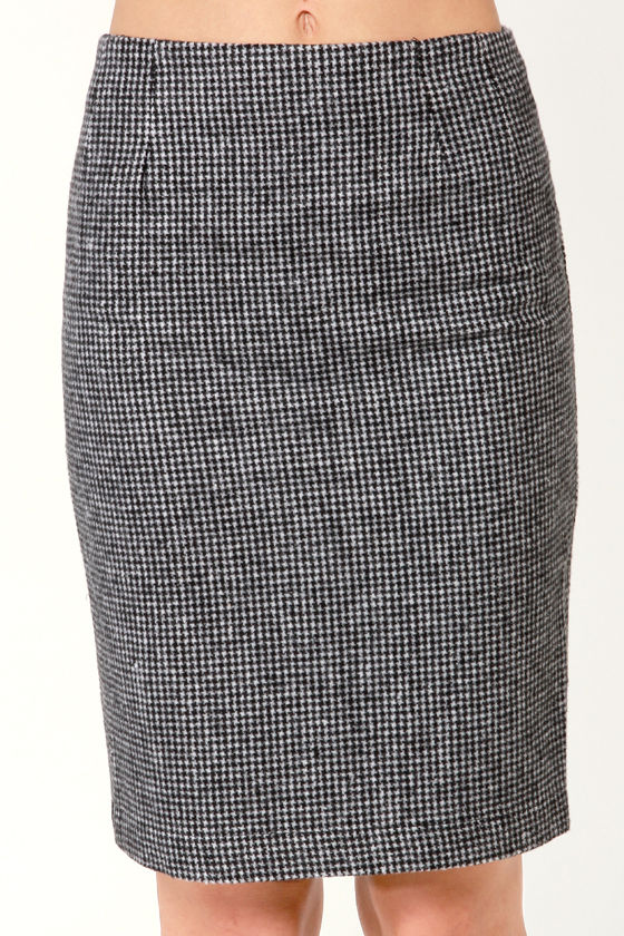 Ain't Nothing But a Houndstooth Black Pencil Skirt at Lulus.com!