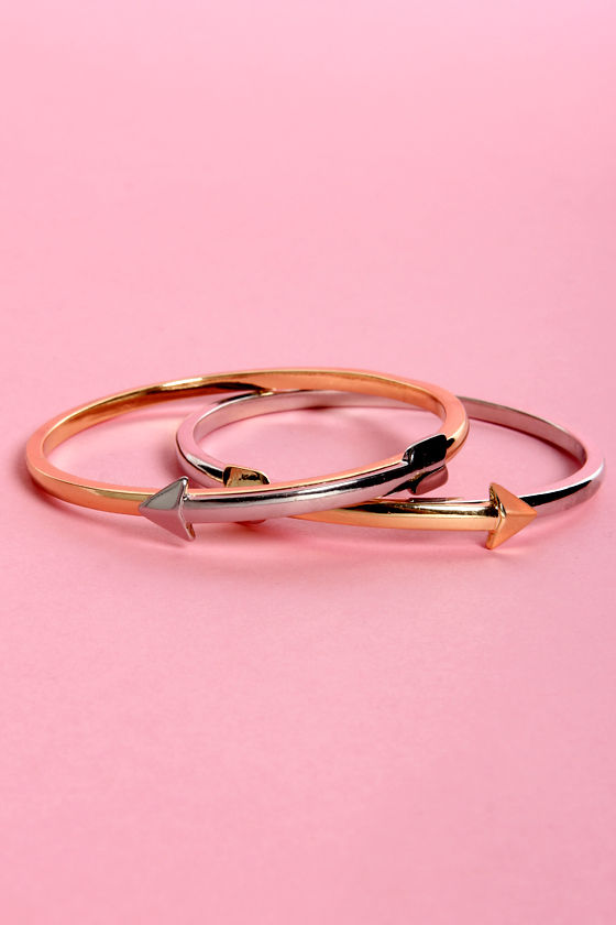 The Arrow of Your Ways Bangle Set at Lulus.com!