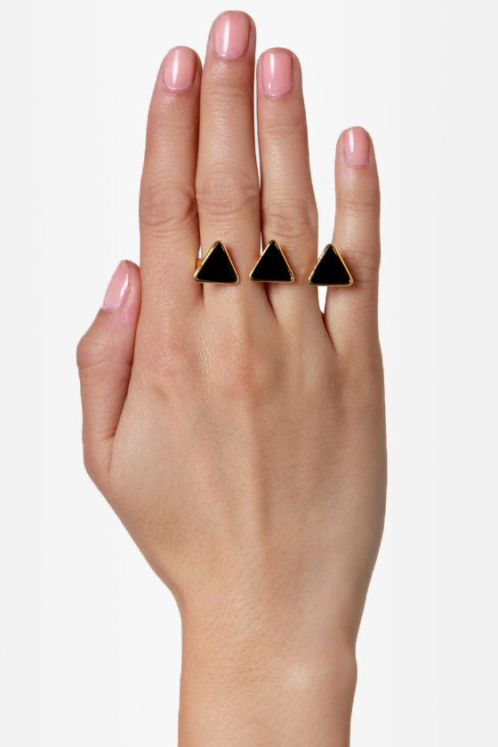 Tri Another Angle Black Two Finger Ring at Lulus.com!