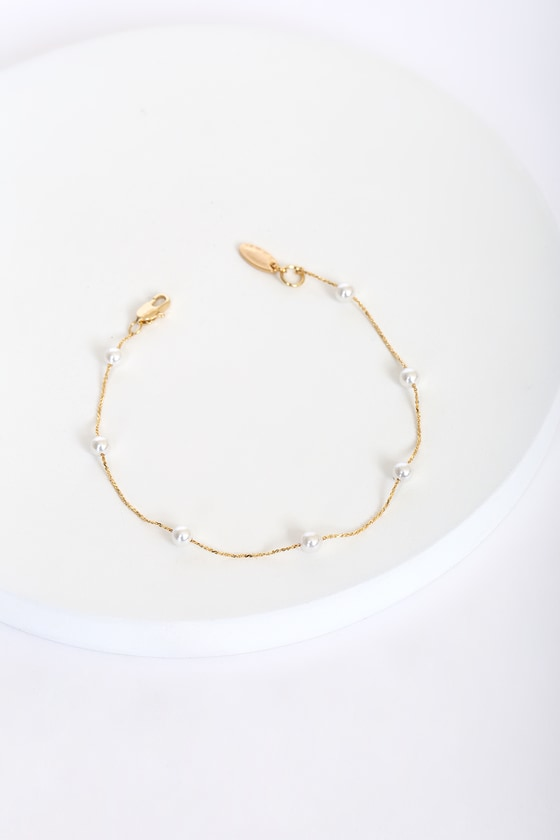 Keep it Stunning 14KT Gold and Pearl Bracelet