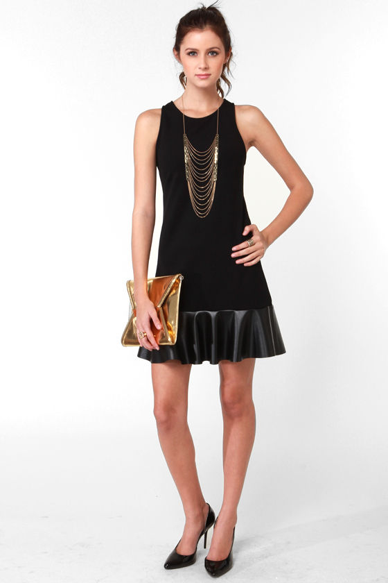Grin and Flare It Sleeveless Black Dress at Lulus.com!