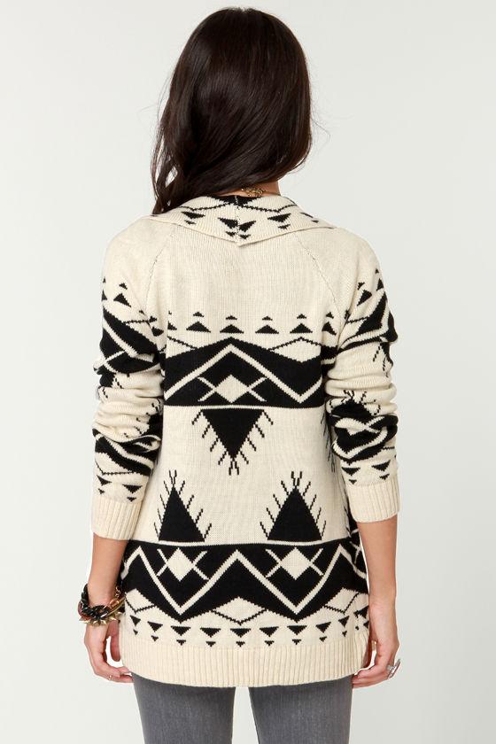 Cozy Neighbor Black and Ivory Sweater at Lulus.com!