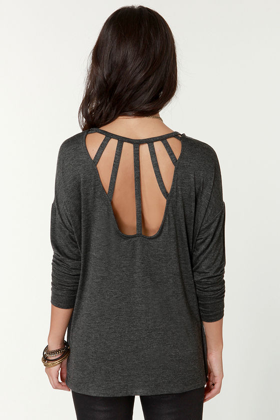 Cage-Phrase Long Sleeve Grey Top at Lulus.com!
