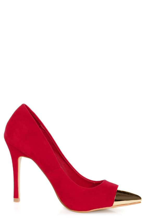 Mixx Shuz Teresa Red and Gold Cap-Toe Pointed Pumps at Lulus.com!