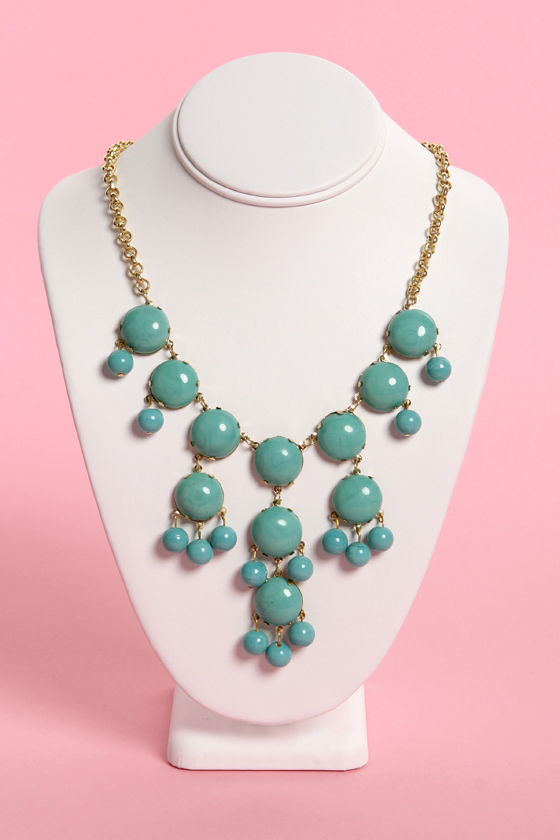 Zad Drop a Glint Turquoise Statement Necklace at Lulus.com!
