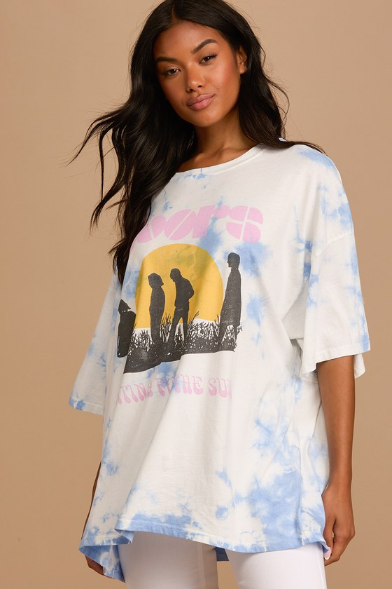 Lulus | The Doors Waiting for the Sun Blue Tie-Dye Oversized Graphic Tee | 100% Cotton