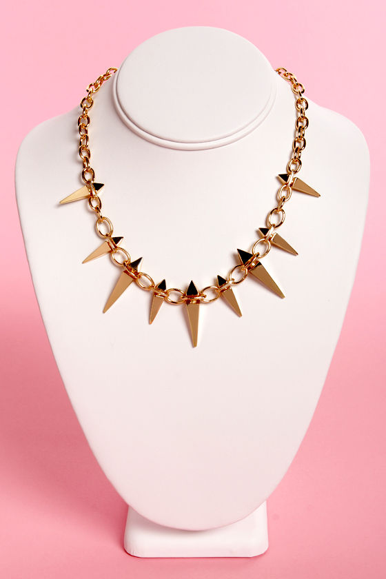 Stake House Spike Necklace at Lulus.com!