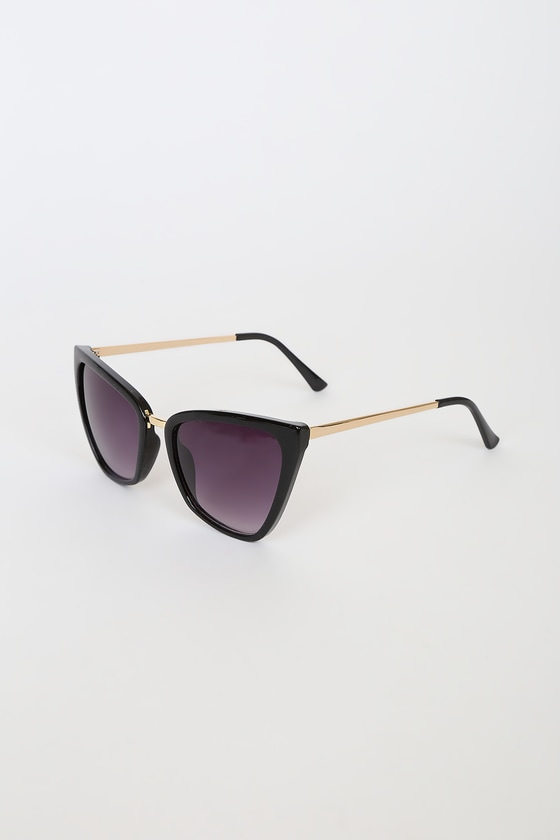 Get Your Angle Black Cat-Eye Sunglasses