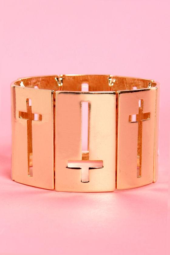 Altar Ego Gold Cross Stretch Bracelet at Lulus.com!